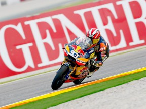 Marc Márquez in action in Valencia