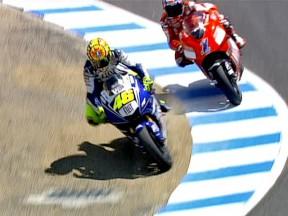 Rossi overtakes Stoner at Laguna Seca 2008