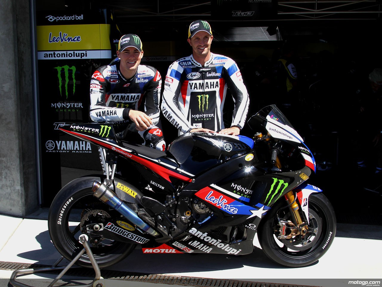 monster yamaha tech 3 unveil 39 team texas 39 livery. Black Bedroom Furniture Sets. Home Design Ideas