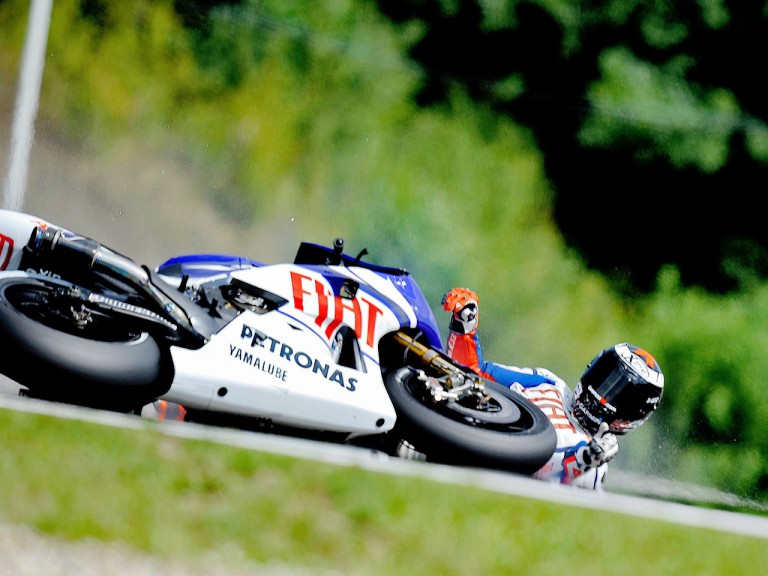Jorge Lorenzo crashes during the QP in Brno