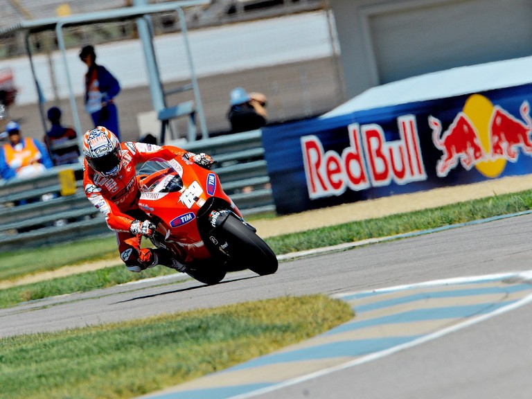 Nicky Hayden in action at Indianapolis