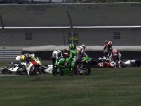 Indianapolis 2010 - Moto2 - Race - Action - Multicrash in race start