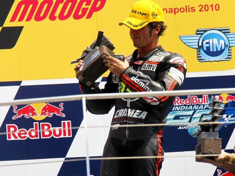 Toni Eías on the podium at Indianapolis