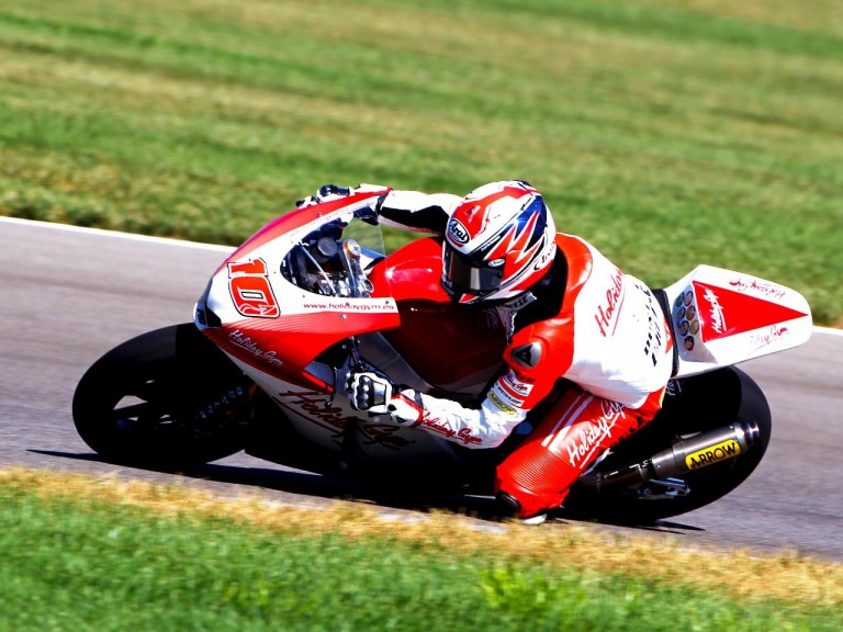 Fonsi Nieto in action at Indianapolis