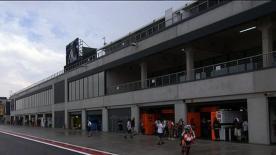 El barcelonés ha firmado el mejor crono del día gracias a su crono matinal, en seco. Con la llegada de la lluvia en la FP2, ha brillado el australiano, primero por delante de Lorenzo y Hayden.