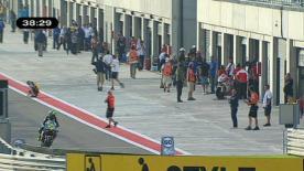 La primera sesión libre de Moto2 ha abierto la acción del Gran Premio  A-Style de Aragón. La amenaza de lluvia no se ha materializado en el inicio de la jornada.