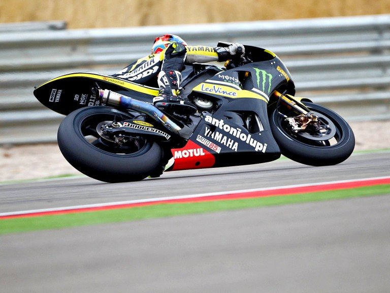 Colin Edwards in action at Motorland Aragón
