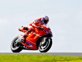Casey Stoner in action at Phillip Island