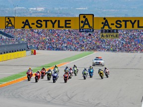 MotoGP action starts at Motorland Aragón
