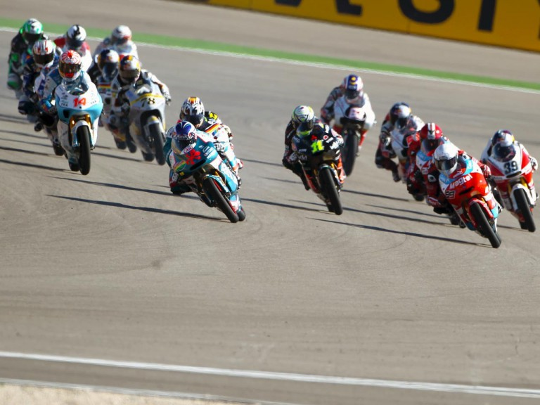 125cc group in action at Motorland Aragon