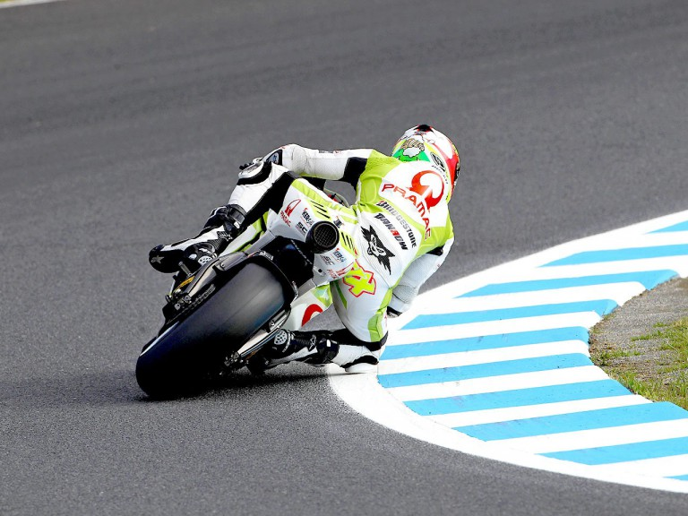 Aleix Espargaró in action at Motegi