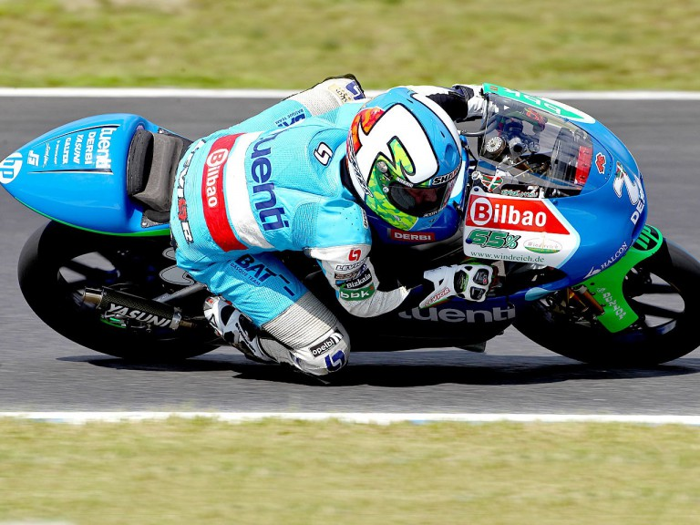 Efrén Vázquez in action at Motegi