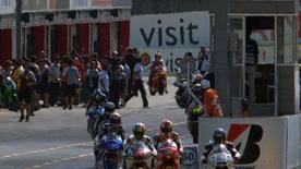 Le leader du Championnat du Monde Moto2 a été le pilote le plus rapide de la seconde et dernière séance d'essais du Grand Prix du Japon samedi à Motegi, devant Julián Simón, Tom Lüthi et Andrea Iannone.