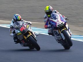 Motegi 2010 - Moto2 - Race - Action - Abraham and de Angelis - During