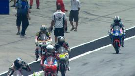O piloto da Red Bull Ajo Motorsport liderou a tabela de tempos na primeira sessão de livres das 125cc no Shell Advance Malaysian Motorcycle Grand Prix na sexta-feira.