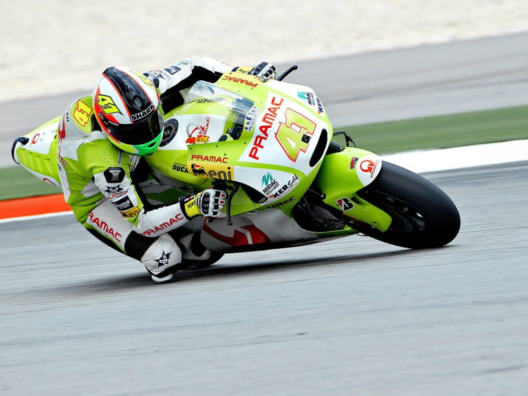 Aleix Espargaró in action at Sepang