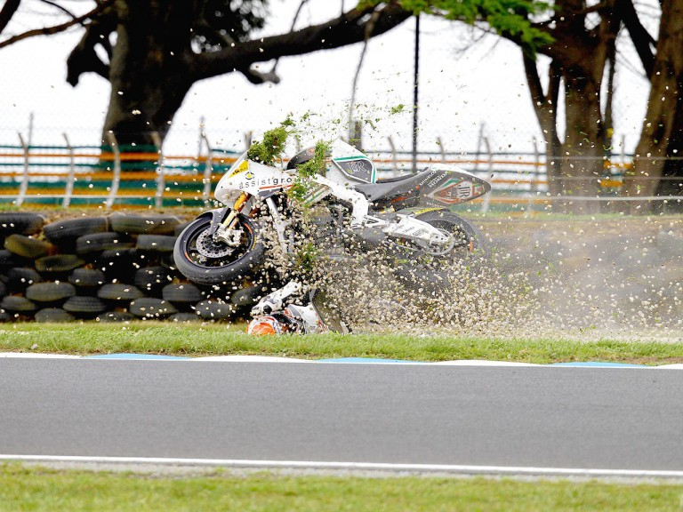 Simone Corsi crashes during the FP1 at Phillip Island