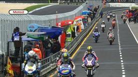 O piloto da JiR Moto2 assinou o melhor tempo na primeira sessão de livres em Phillip Island com Scott Redding a ficar uma vez mais logo atrás em segundo. Fonsi Nieto, Julián Simón e Andrea Iannone completaram a lista dos cinco primeiros.