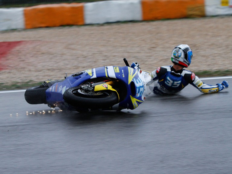 Raffaele de Rosa crashes during FP3 at Estoril