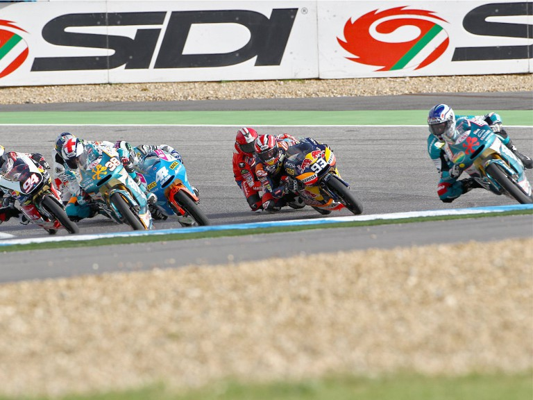 125cc group in action at Estoril