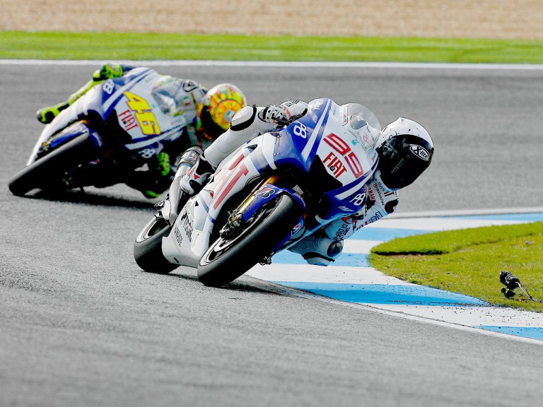 Jorge Lorenzo riding ahead of Valentino Rossin at Estoril