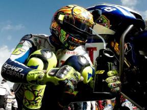 Valentino Rossi on the starting grid at Estoril © Alexandre Chailan & David Piolé