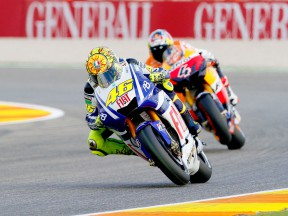 Rossi riding ahead of Dovizioso in Valencia