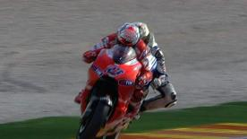 Valencia 2010 - MotoGP - Race - Action - Stoner and Lorenzo - During