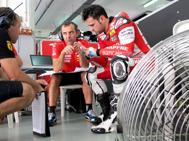 Héctor Barberá in the Aspar Team garage