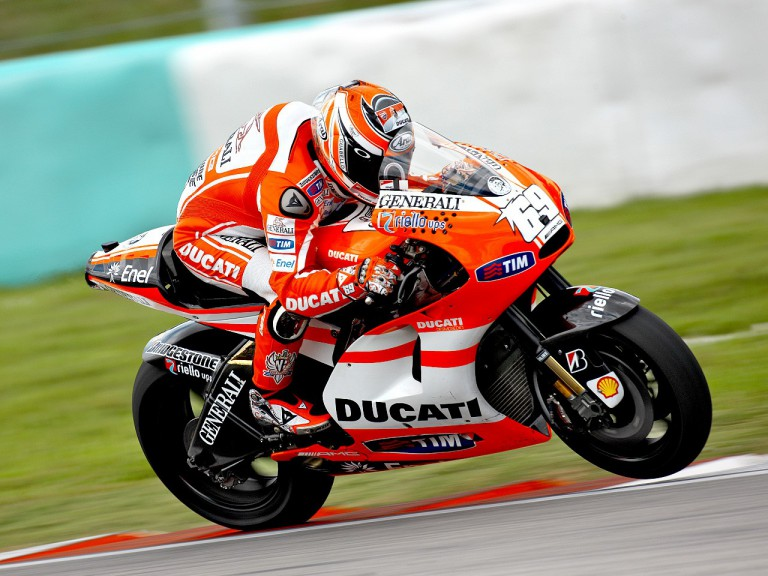 Nicky Hayden in action at the Sepang test
