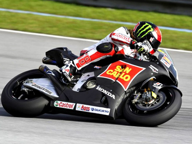 Marco Simoncelli in action at the Sepang test