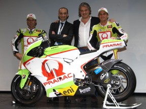 Capirossi, Domenicali, Campinoti and De Puniet during Pramac presentation