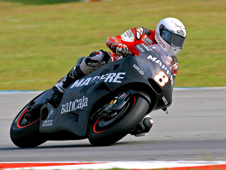 Héctor Barberá in action at Sepang test