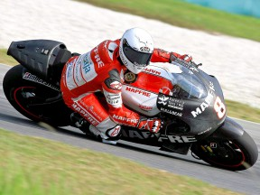 Héctor Barberá in action in Sepang test