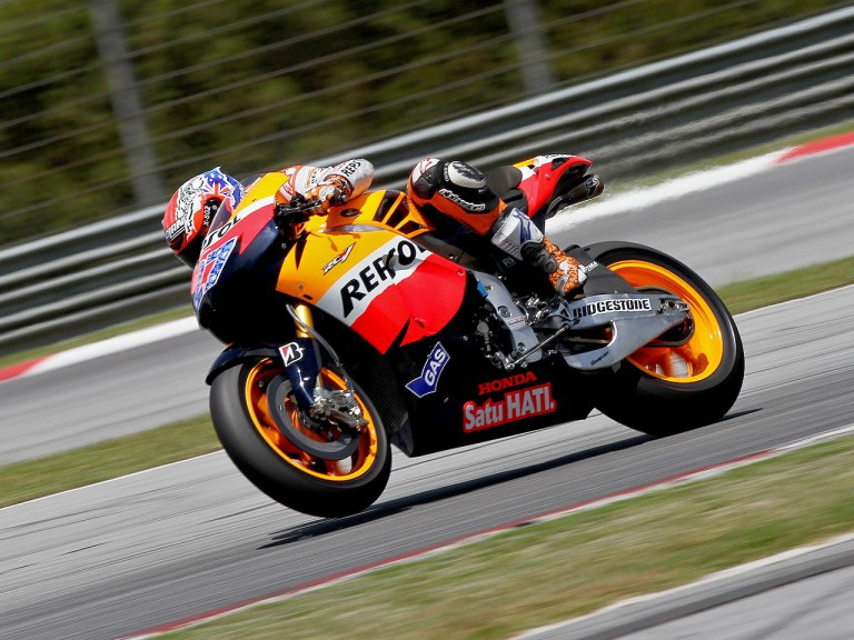 Casey Stoner in action in Sepang test