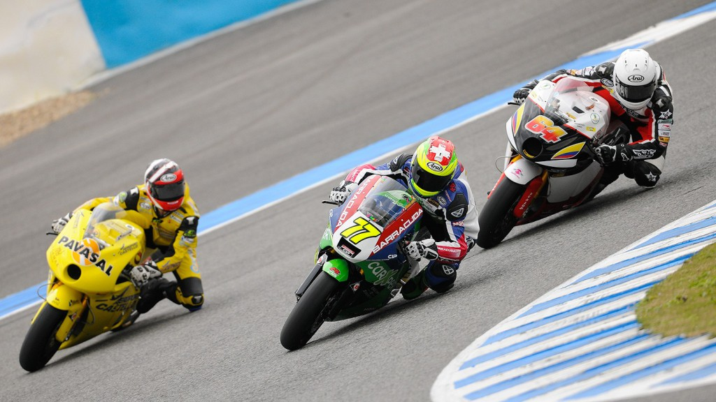 Moto2 Group in action in Jerez test