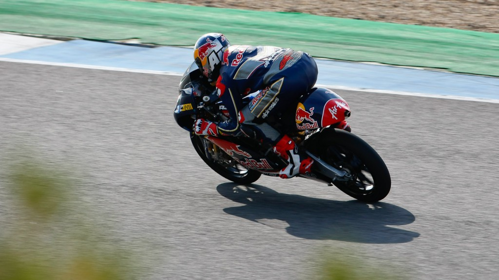 Jonas Folger in action in Jerez test