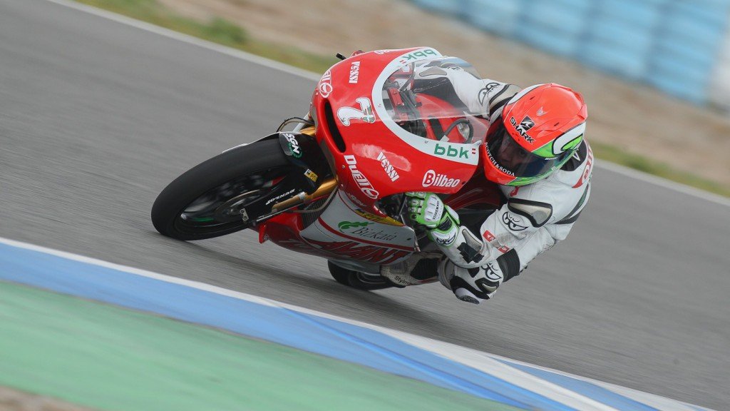 Efrén Vázquez in action in the Jerez test