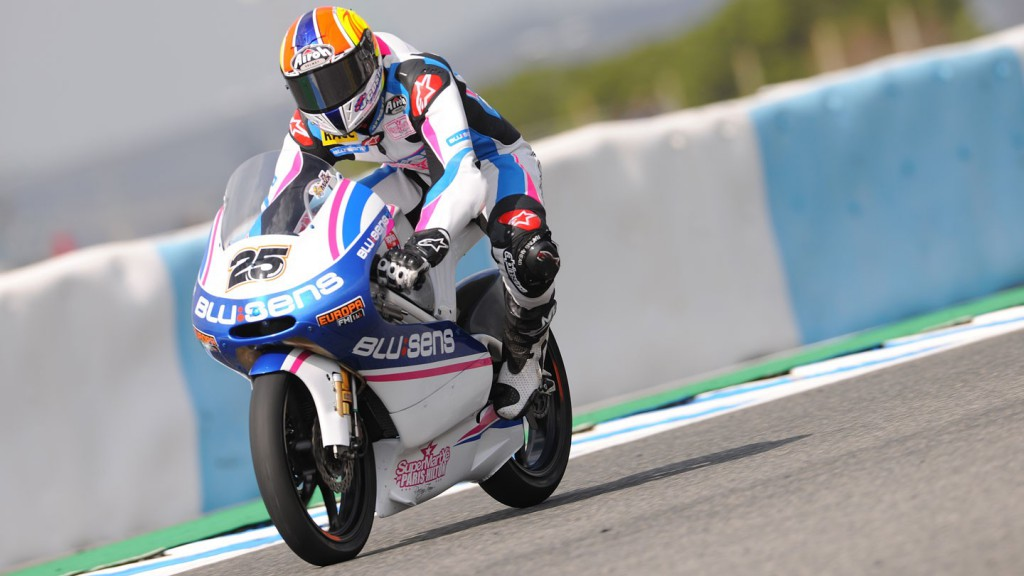 Maverick Viñales in action at the Jerez test