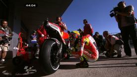 A dupla da Repsol Honda, Casey Stoner e Dani Pedrosa, liderou a primeira sessão de livres do Gran Premio bwin de España, batendo Valentino Rossi (Ducati Team).