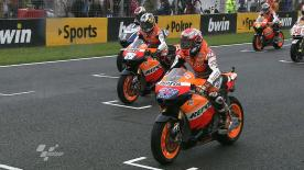 Jorge Lorenzo (Yamaha Factory Racing) took victory in the wet MotoGP race at the Gran Premio bwin de España after Marco Simoncelli (San Carlo Honda Gresini Team) crashed whilst leading. It was a Spanish one-two with Dani Pedrosa (Repsol Honda) claiming second position and Nicky Hayden (Ducati Team) in third.