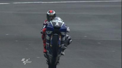 Lorenzo reigns in Spain