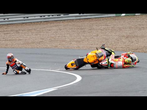 Stoner-Rossi-Jerez-Race---by-Juan-Carlos-Toro-del-Rio-520366