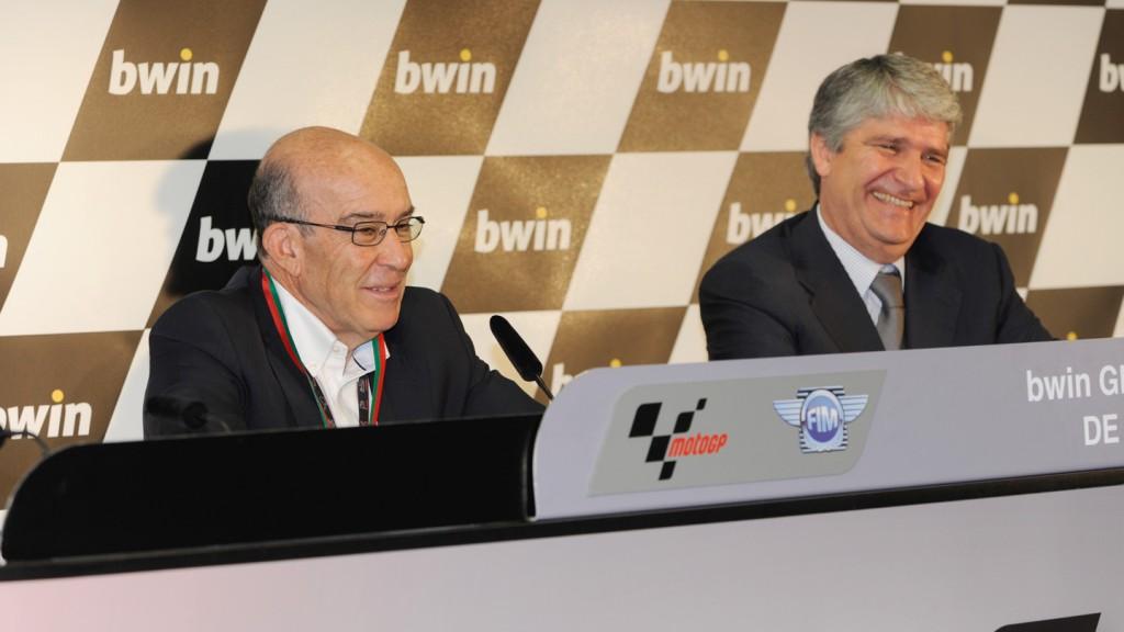 Carmelo Ezpeleta (Dorna Sports CEO), Jorge Viegas (Federaçao de Motociclismo de Portugal), Estoril