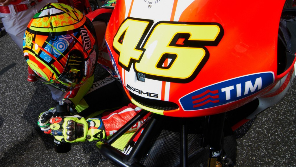 Valentino Rossi, Ducati Team, Estoril RAC - © Copyright Alex Chailan & David Piolé