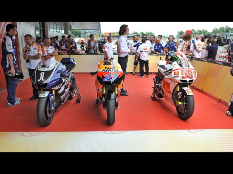 Race Bike Stills