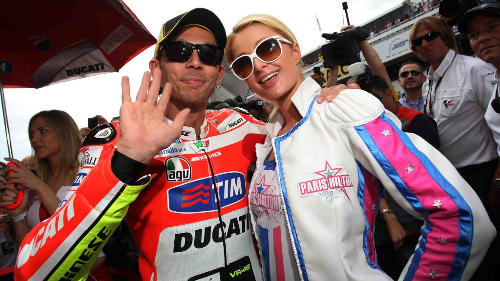 Paris Hilton & Valentino Rossi © Copyright Reygondeau/Good-Shoot/FIM