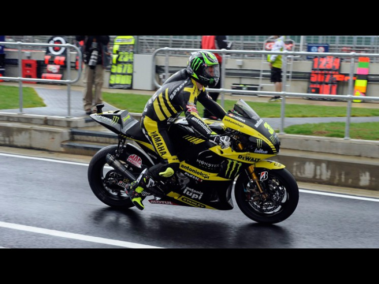 -Moto GP- Season 2011- - crutchlow slideshow