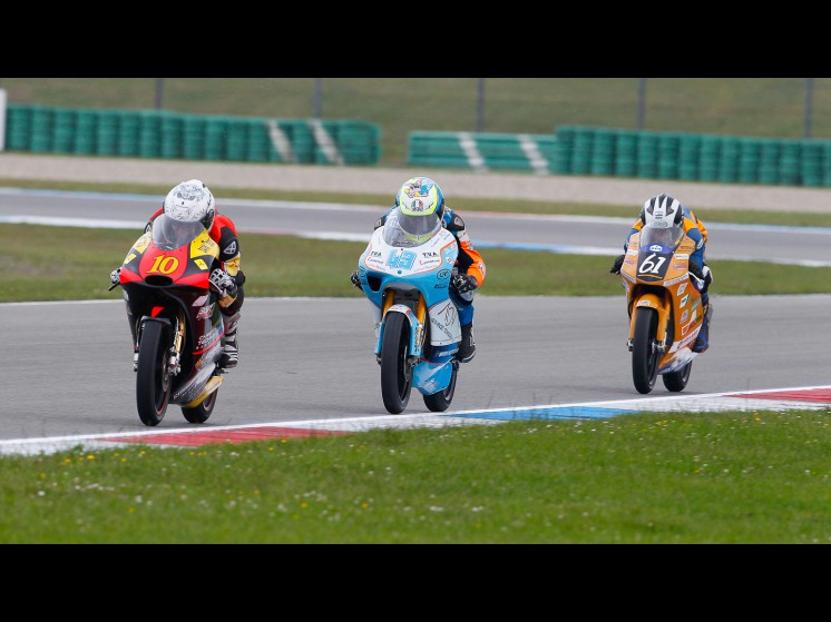 -Moto GP- Season 2011- - 125cc 2 slideshow