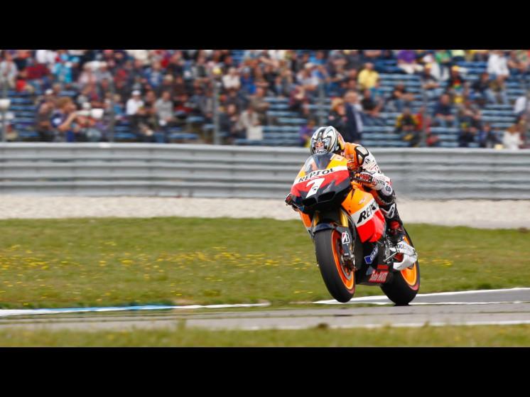 -Moto GP- Season 2011- - aoyama slideshow